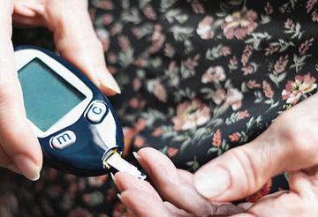 SARS-CoV-2 u osoby z cukrzycą